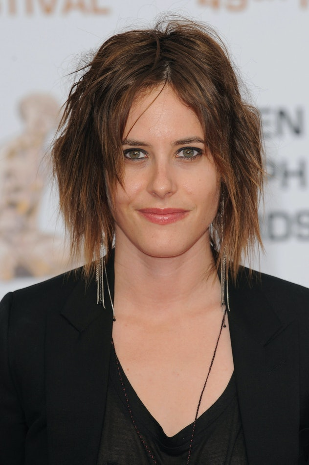 Gwyneth Paltrow and Kate Moennig are related.