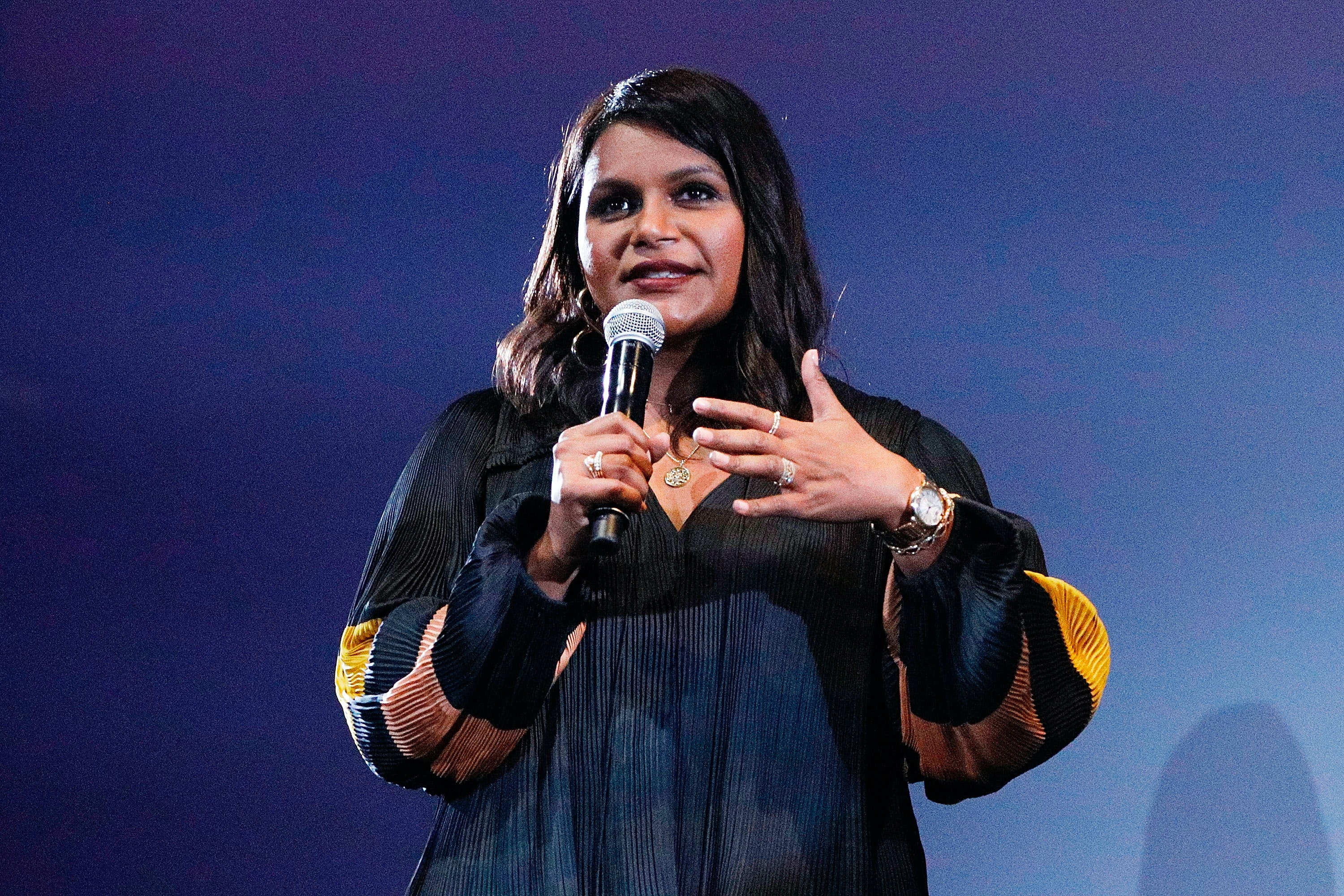 Mindy Kaling Says She Always Wanted To Be The Cool Parent It Looks Like She S Succeeding