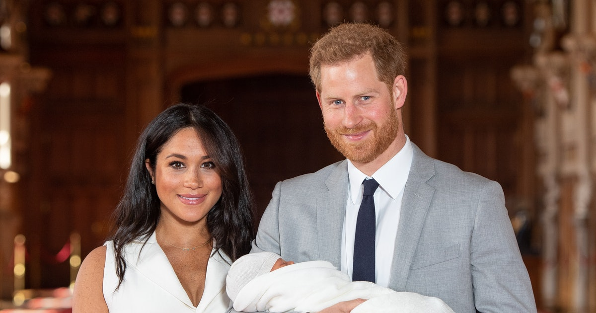 Meghan Markle & Prince Harry's Mother's Day Post Includes A Sneaky New Photo Of Baby Archie
