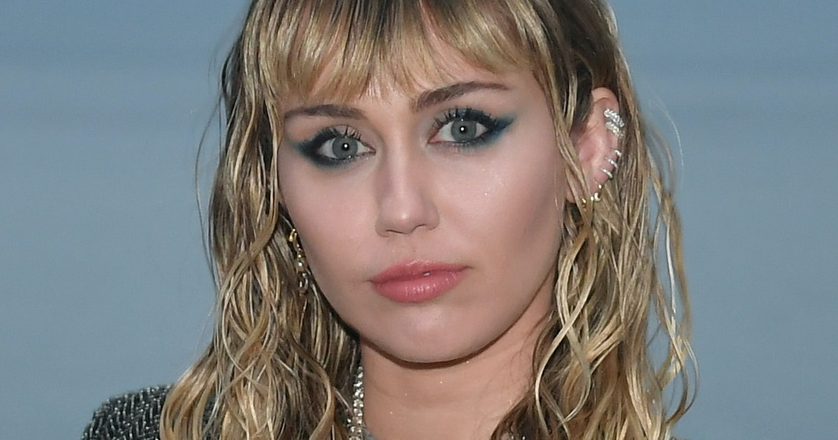 Miley Cyrus' Apology For Her Controversial Comments About Hip-Hop Acknowledge Her Privilege