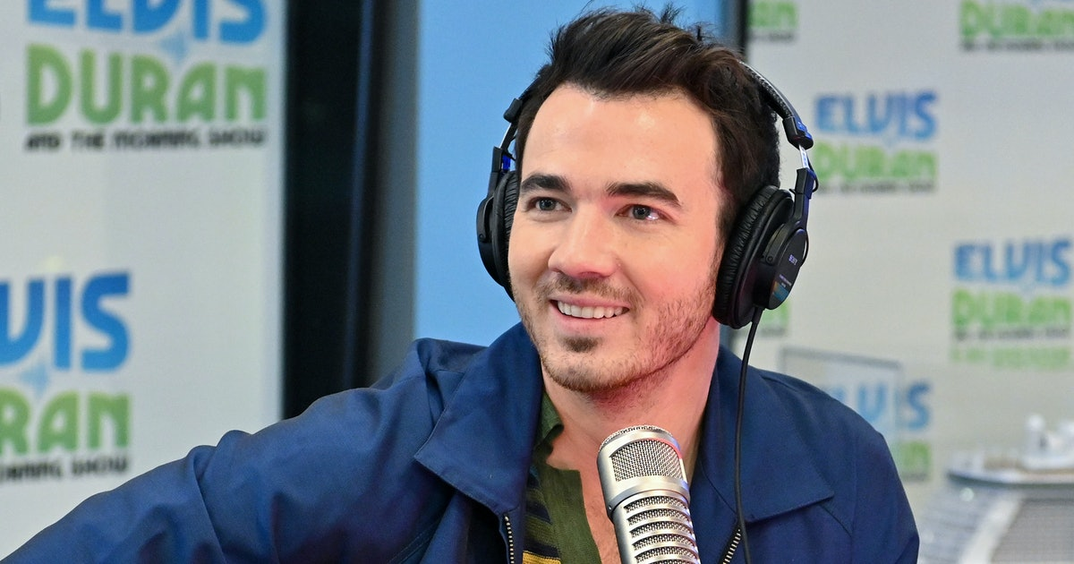 Does Kevin Jonas Sing? Fans Are Convinced He Has A Solo On This 'Happiness Begins' Track