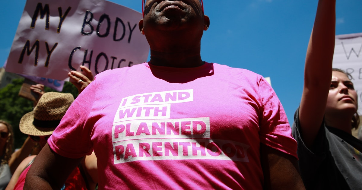 Planned Parenthood's Birmingham Clinic Is Still Going Up Despite Alabama's Abortion Ban
