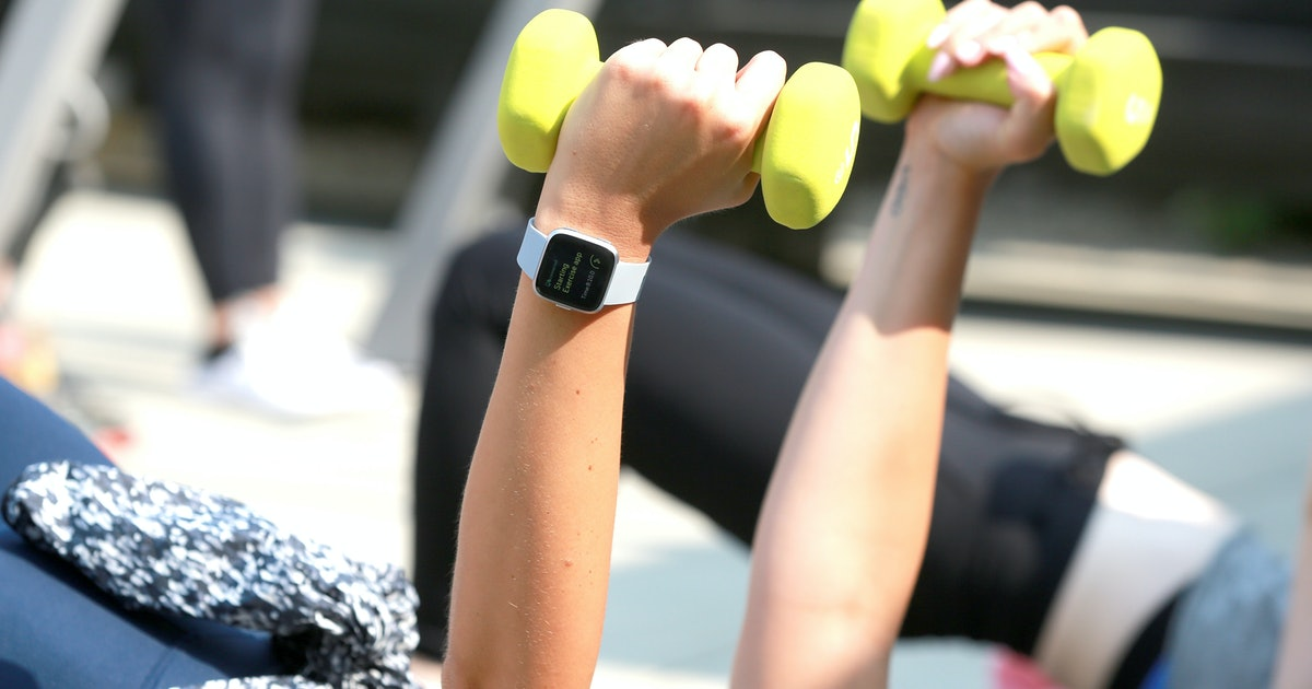 Your Friends Can Help Predict Your Health Better Than A Fitness Tracker, A New Study Says