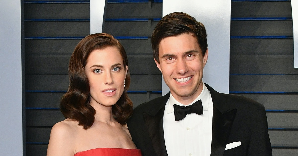 Allison Williams & Husband Ricky Van Veen Split After Almost 4 Years Together