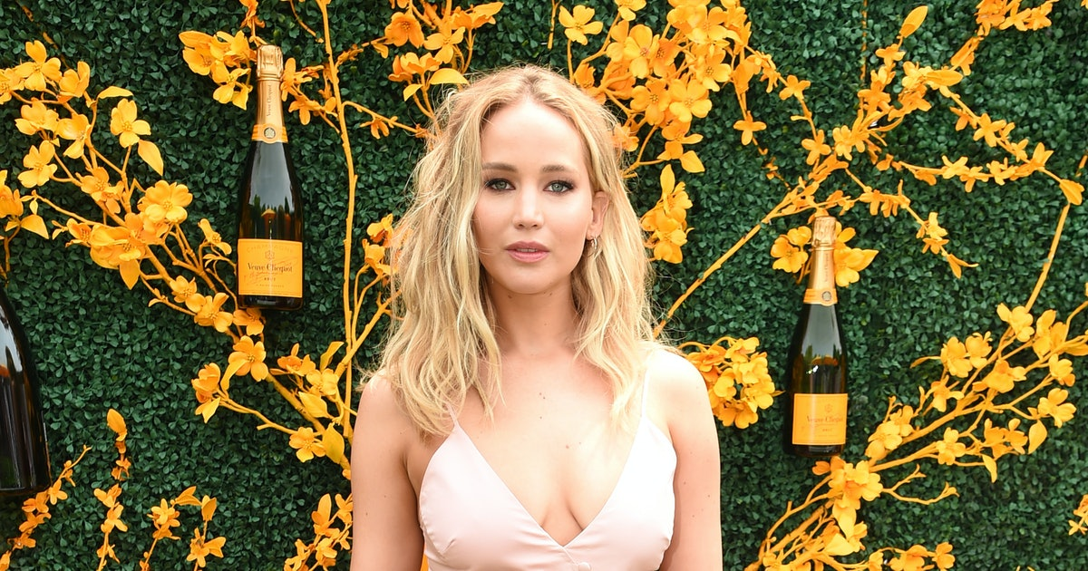 Jennifer Lawrence's Veuve Clicquot Dress Looked So Different During Fashion Week