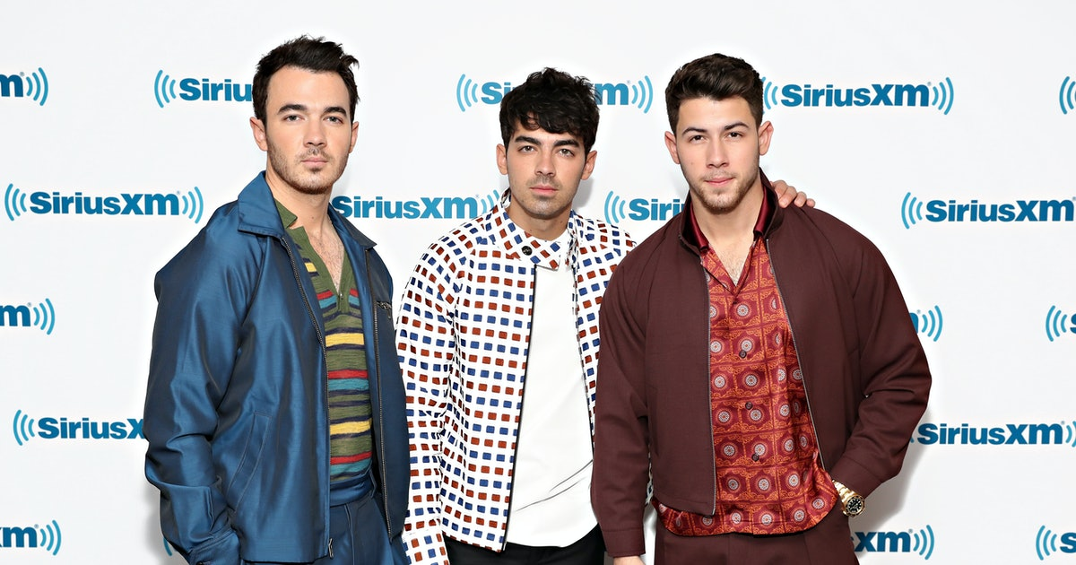 Here's How To Get Tickets To The Jonas Brothers' 'Happiness Begins' Tour