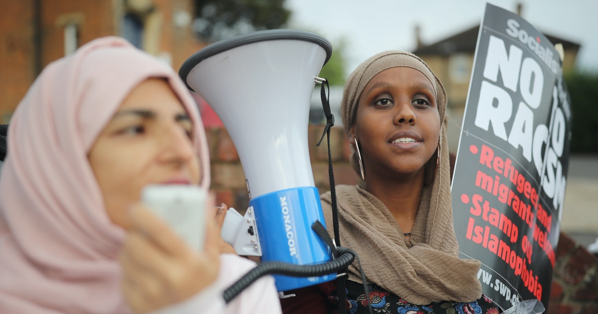 How To Protest Hijab Bans & Support Muslim Women Around The World