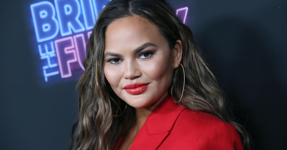 Chrissy Teigen's Adult Scratch-Off Book Looks So Soothing & Here's Where You Can Find Your Own