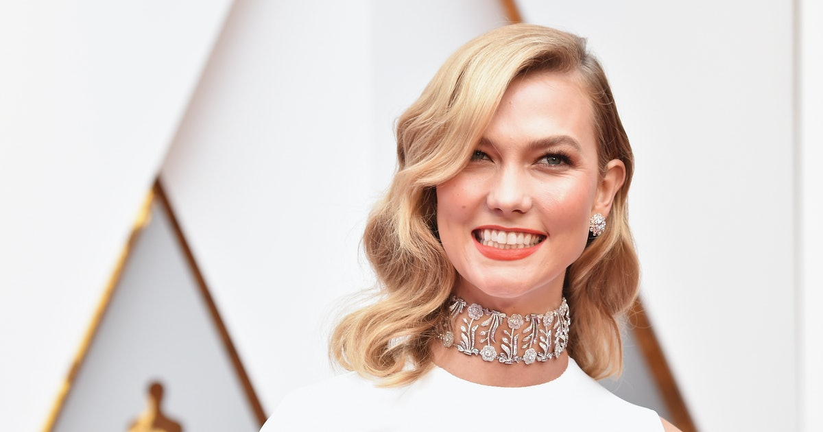 Karlie Kloss' White Dress Makes For The Chicest One-Step Outfit Of The Summer
