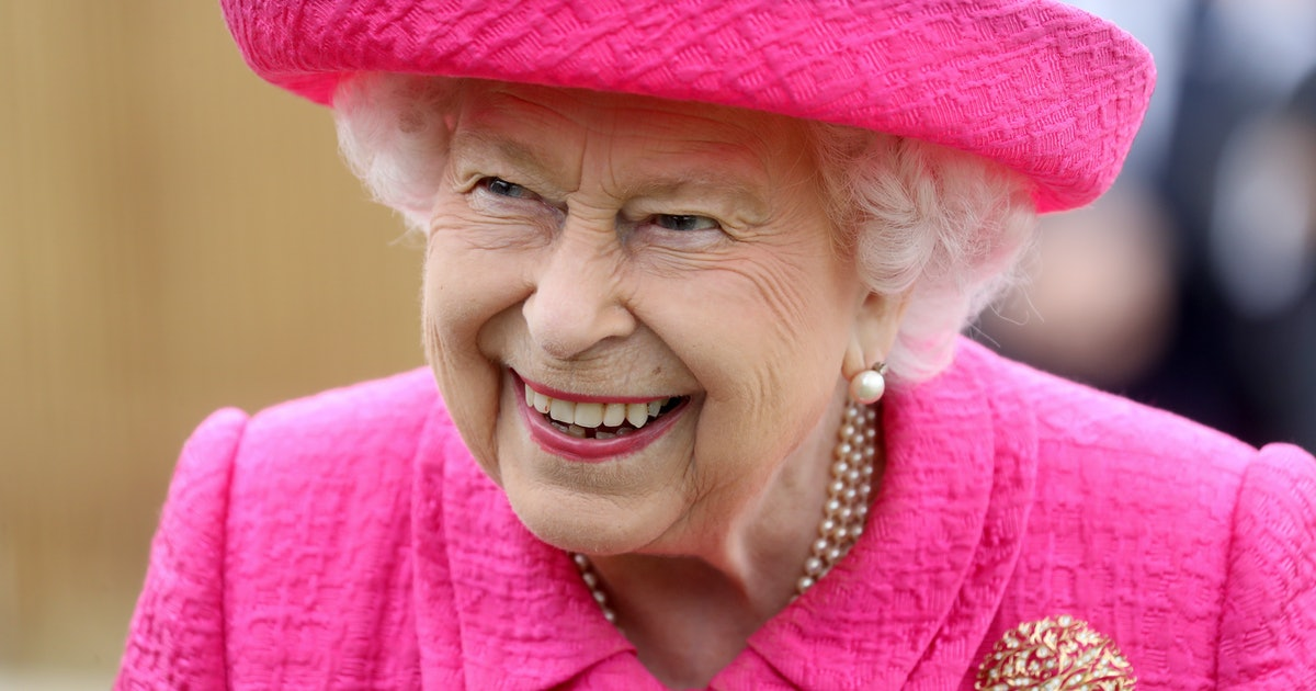 Where Does The Queen Go On Her Summer Holiday? Her Plans Sound Wholesome AF