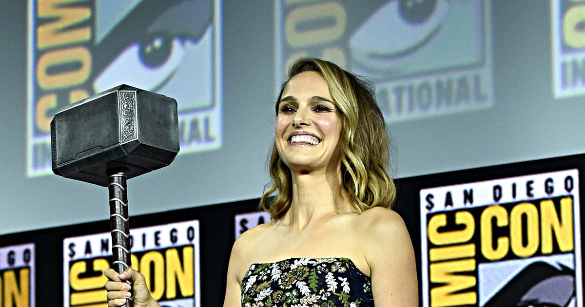 Natalie Portman Will Play Thor In 'Thor: Love & Thunder,' So Get Ready For Chris Hemsworth To Pass The Hammer