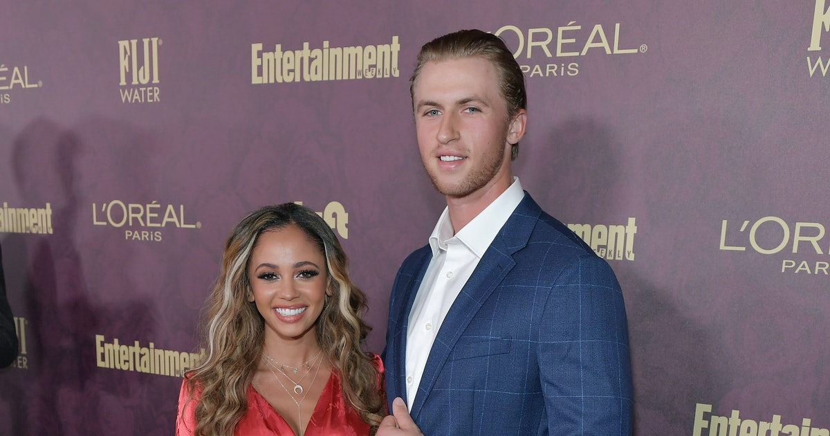 'Riverdale's Vanessa Morgan Just Got Engaged & You HAVE To See The Ring