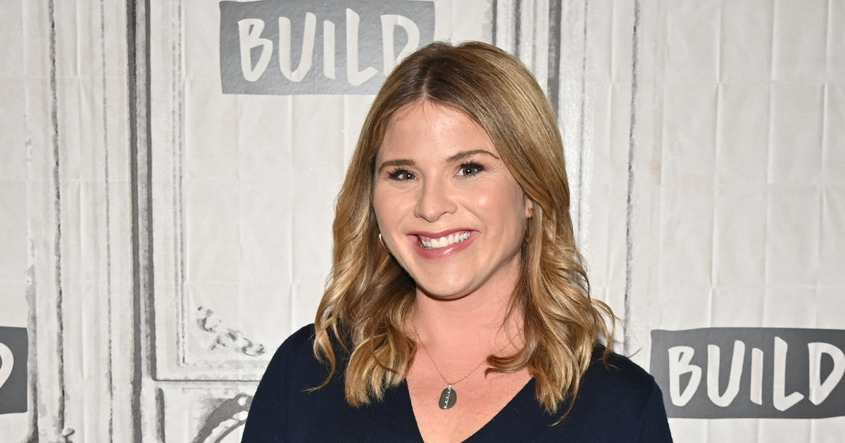 Jenna Bush Hager's Photos Of Her Daughters Snuggling Their Newborn Brother Are The Sweetest