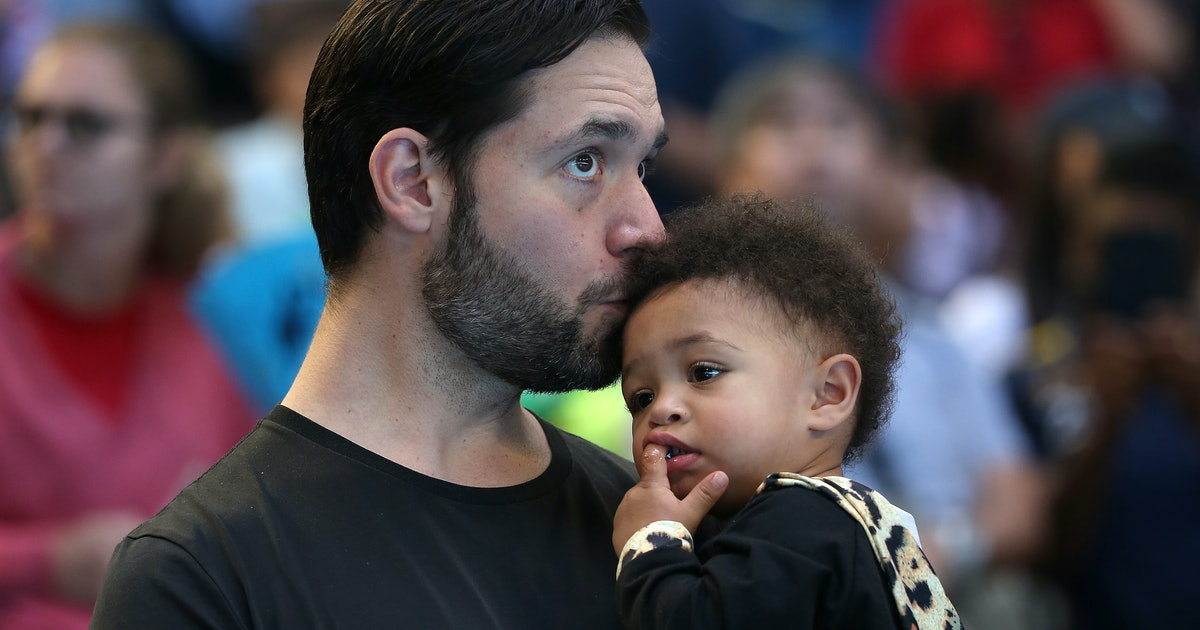 "Alexis Ohanian Explains Why Paternity Leave Is ""Crucial"" For All Families In Powerful Op-Ed"