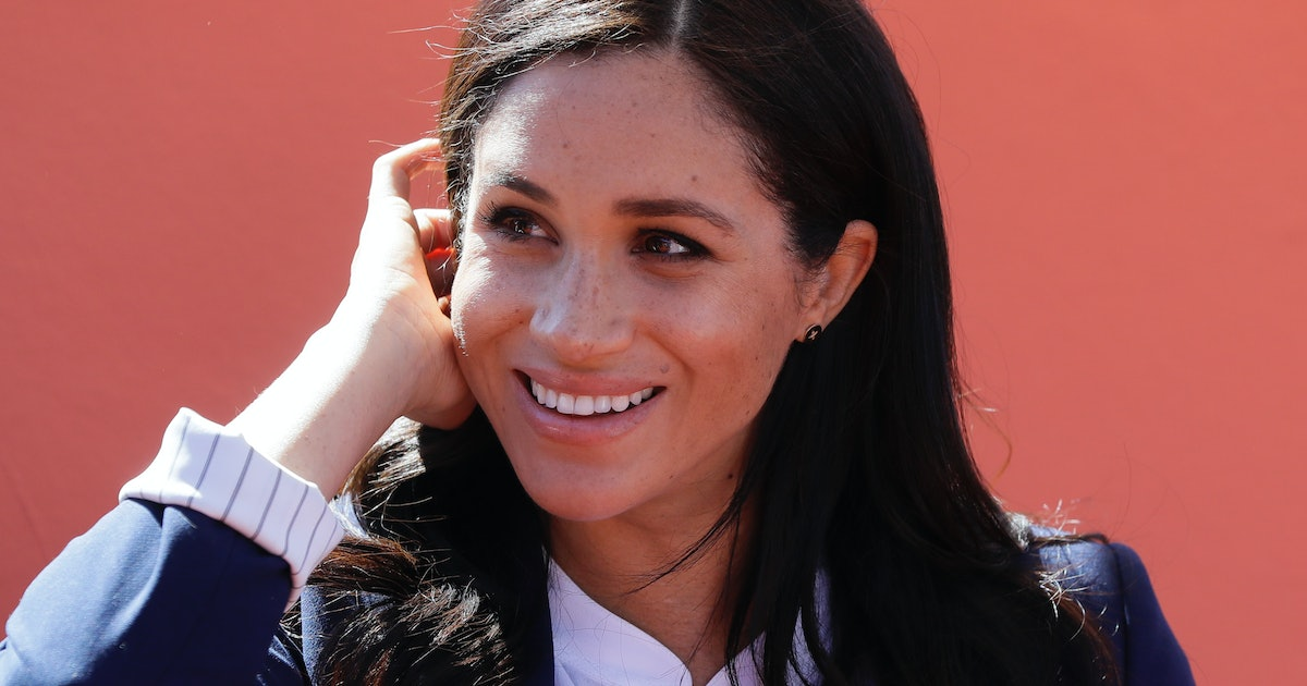 Meghan Markle's Bracelet In This Photo With Elephants Is Especially Symbolic For Mothers