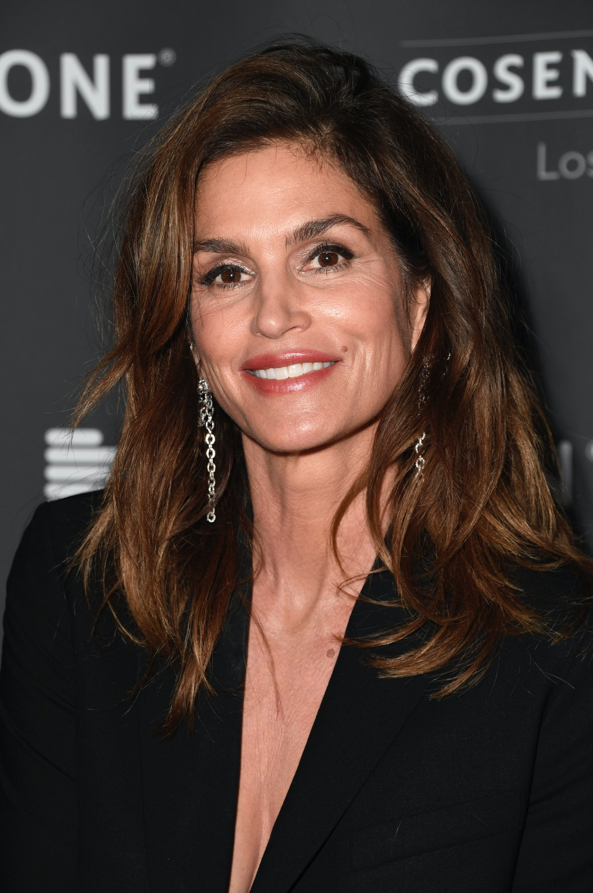 Cindy Crawford's style essentials are items you probably already own.