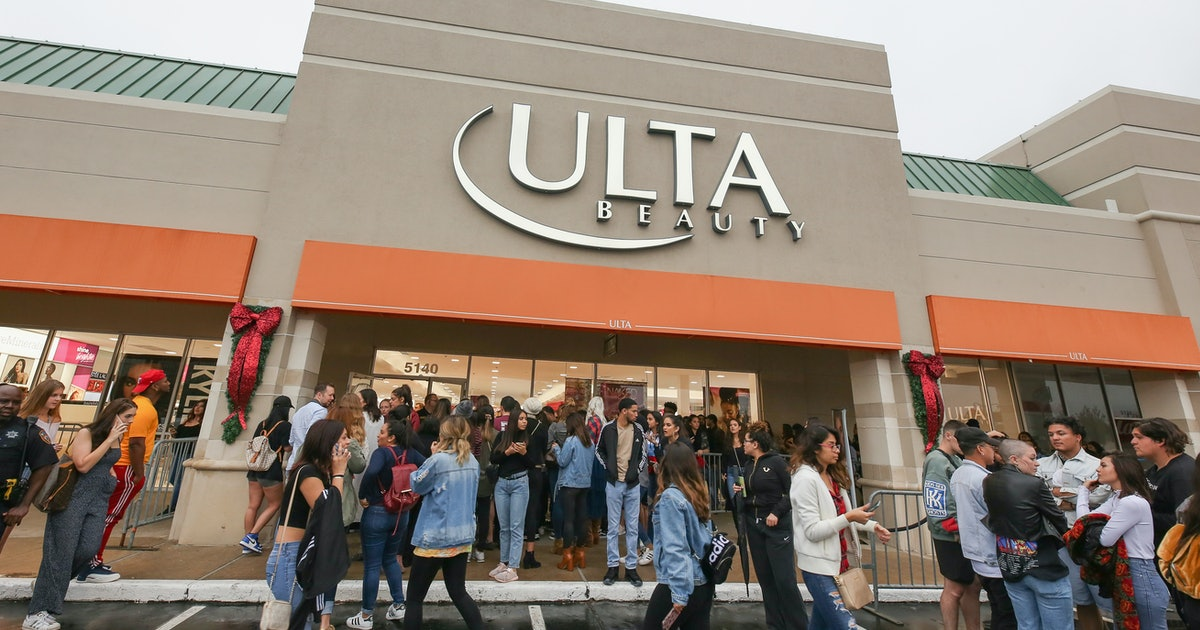 When Does Ulta's 21 Days Of Beauty September 2019 Sale Start? You Won't Want To Miss These Deals