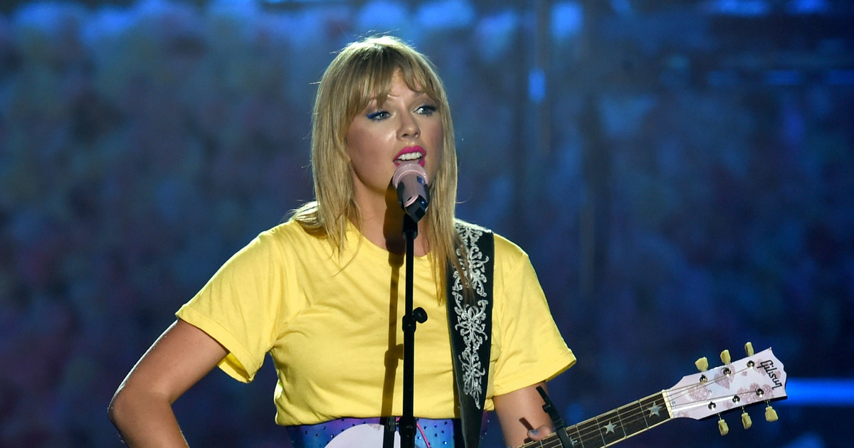 Taylor Swift Plans To Re-Record Her Old Songs Because Of The Scooter Braun Deal