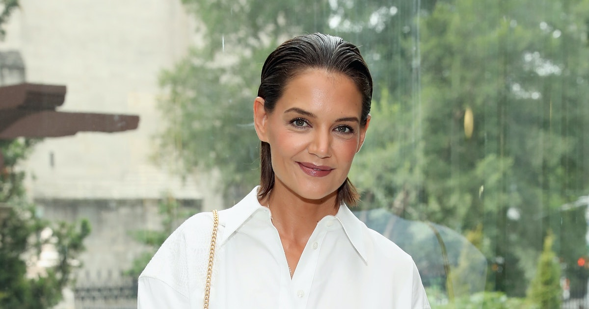 Katie Holmes' Go-To Tee Is On Sale For $15