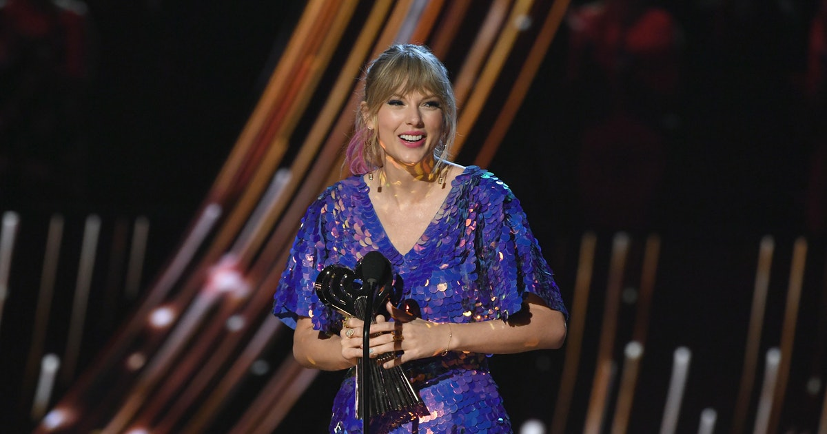 """The Meaning Of Taylor Swift's """"Cornelia Street"""" Will Make Your Heart Melt"""