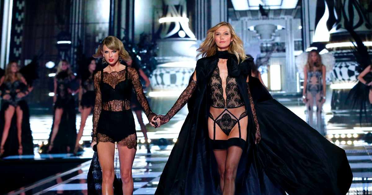 """Is """"Cornelia Street"""" About Karlie Kloss? Taylor Swift Fans Have A Theory About The 'Lover' Song"""