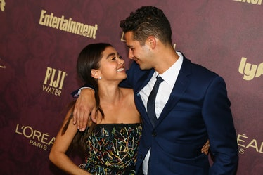 WEST HOLLYWOOD, CA - SEPTEMBER 15:  Sarah Hyland (L) and Wells Adams arrive to the 2018 Entertainmen...