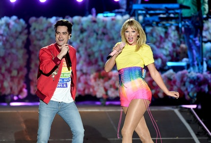 CARSON, CALIFORNIA - JUNE 01: (EDITORIAL USE ONLY. NO COMMERCIAL USE) (L-R) Brendon Urie and Taylor Swift perform onstage at 2019 iHeartRadio Wango Tango presented by The JUVÉDERM® Collection of Dermal Fillers at Dignity Health Sports Park on June 01, 2019 in Carson, California. (Photo by Kevin Winter/Getty Images for iHeartMedia)
