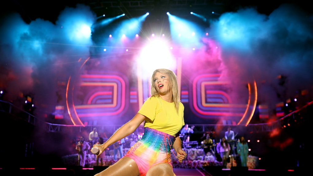 CARSON, CALIFORNIA - JUNE 01: (EDITORIAL USE ONLY. NO COMMERCIAL USE) Taylor Swift performs onstage at 2019 iHeartRadio Wango Tango presented by The JUVÉDERM® Collection of Dermal Fillers at Dignity Health Sports Park on June 01, 2019 in Carson, California. (Photo by Rich Fury/Getty Images for iHeartMedia)