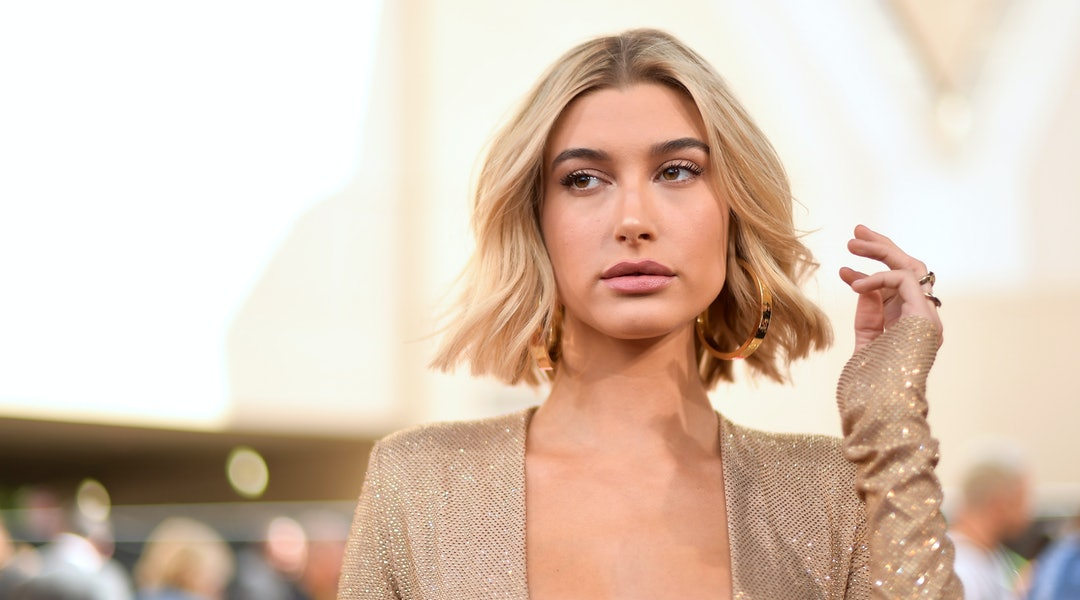 LAS VEGAS, NV - MAY 20:  Model Hailey Baldwin attends the 2018 Billboard Music Awards at MGM Grand Garden Arena on May 20, 2018 in Las Vegas, Nevada.  (Photo by Matt Winkelmeyer/Getty Images for dcp)