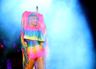 CARSON, CALIFORNIA - JUNE 01: (EDITORIAL USE ONLY. NO COMMERCIAL USE) Taylor Swift performs onstage ...
