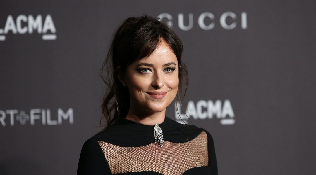 LOS ANGELES, CALIFORNIA - NOVEMBER 03: Dakota Johnson attends the 2018 LACMA Art + Film Gala at LACMA on November 03, 2018 in Los Angeles, California. (Photo by Jesse Grant/Getty Images)