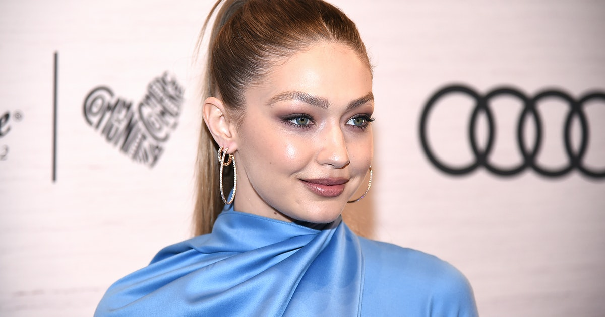 Gigi Hadid's White Button-Down Is An Unexpected (But Genius) Way To Dress Up Athleisure