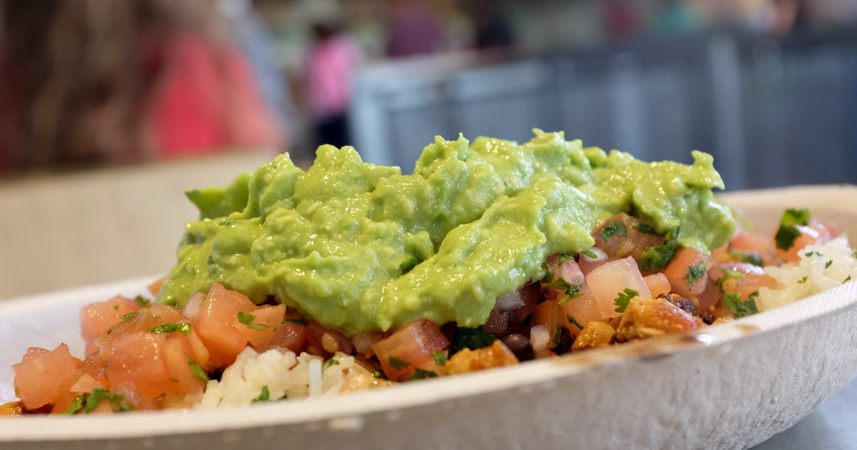 These National Guacamole Day 2019 Deals on Sept. 16 Include A Free Year's Supply Of Guac