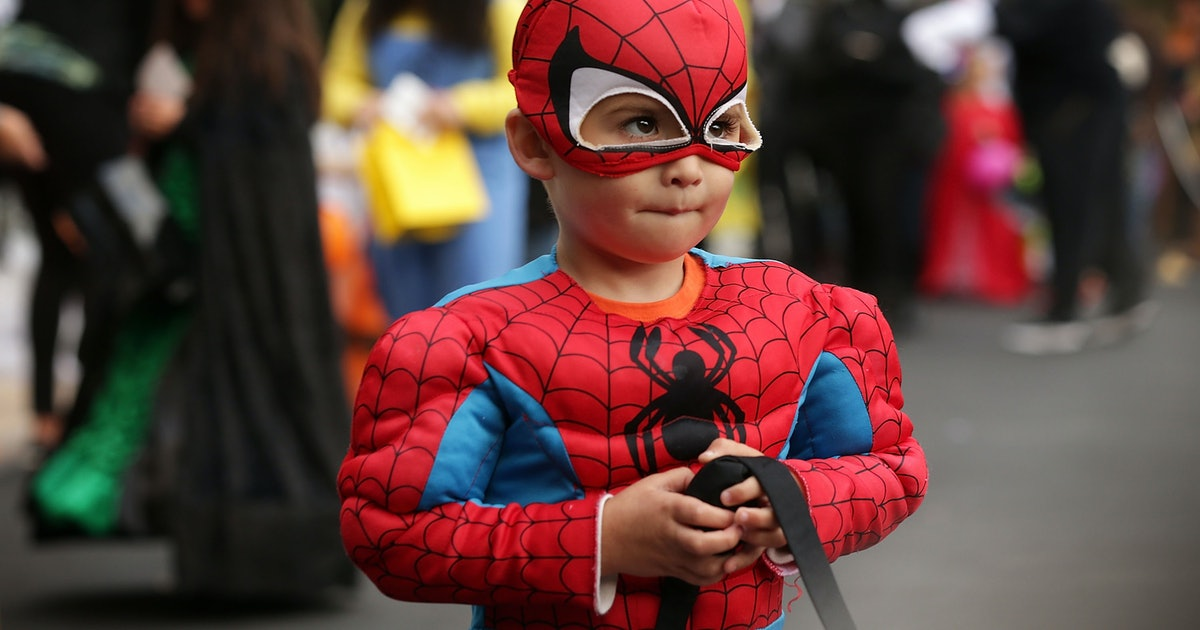 7 Spider-Man Halloween 2019 Costumes To Suit Every Kid's Individual Style