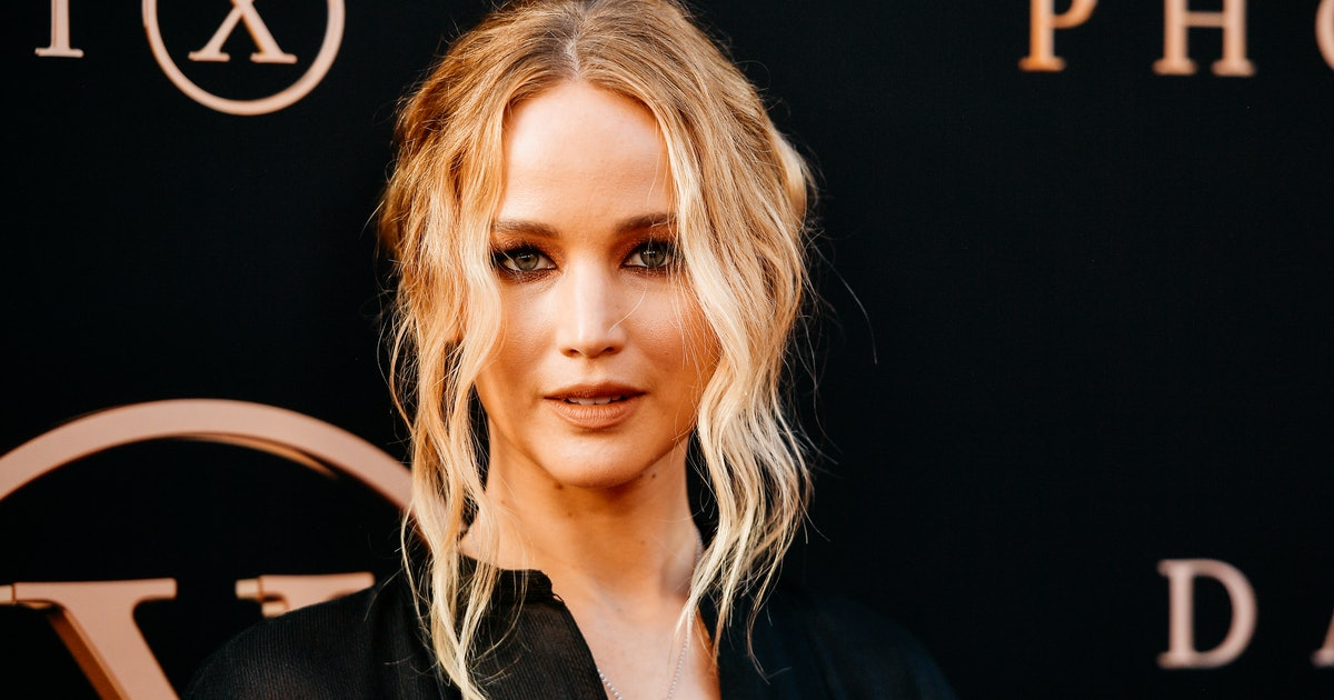 Jennifer Lawrence & Cooke Maroney's New York City Marriage Bureau Outing Mean Wedding Bells May Come Soon