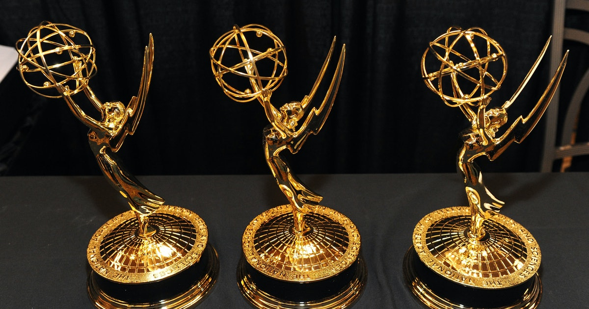 Who Is Hosting The 2019 Emmy Awards? This Year's Ceremony Is Doing Things A Little Differently