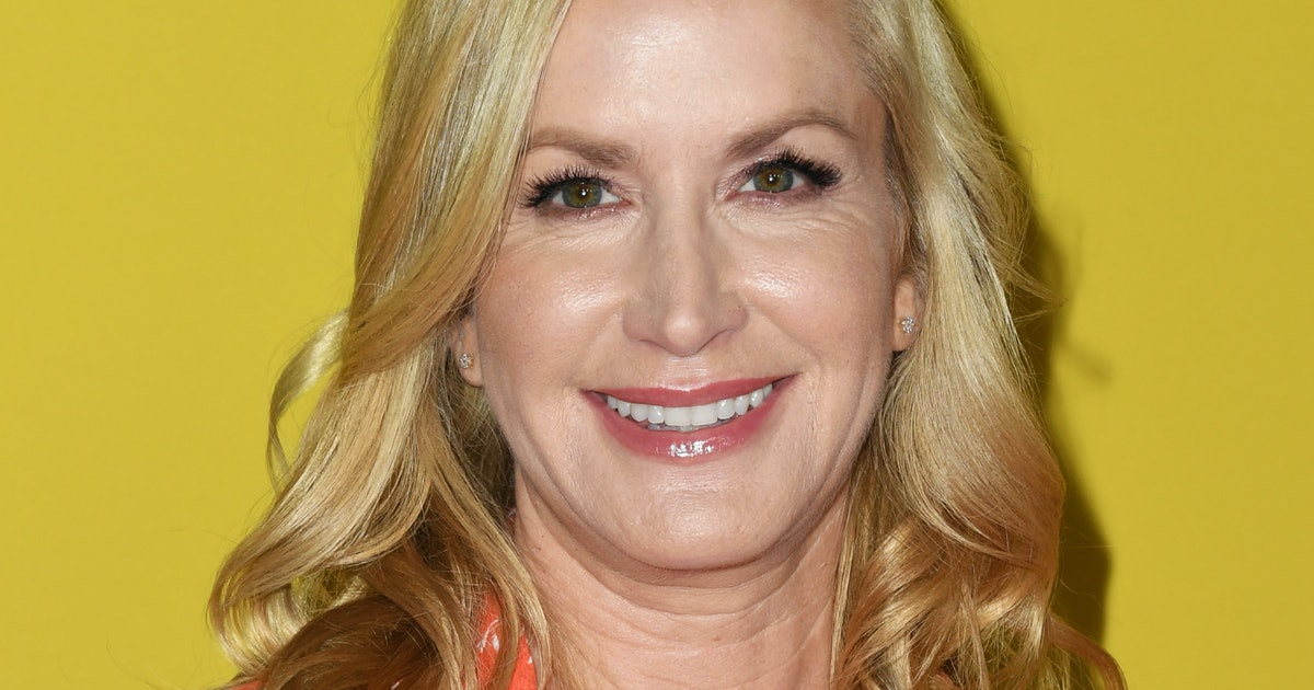Angela Kinsey Was In The Audience On 'Dancing With The Stars' & It's An 'Office' Reunion