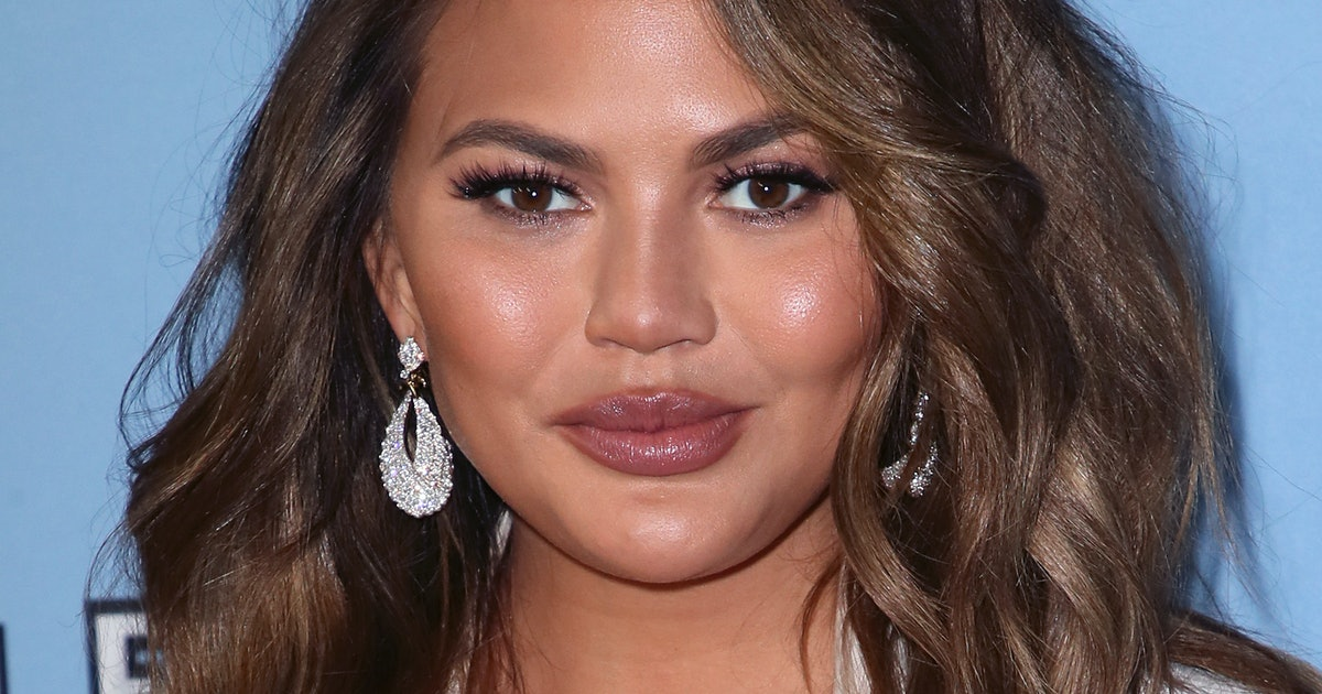 Chrissy Teigen Accidentally Tweeted Her Email Address & Hilarity Ensued