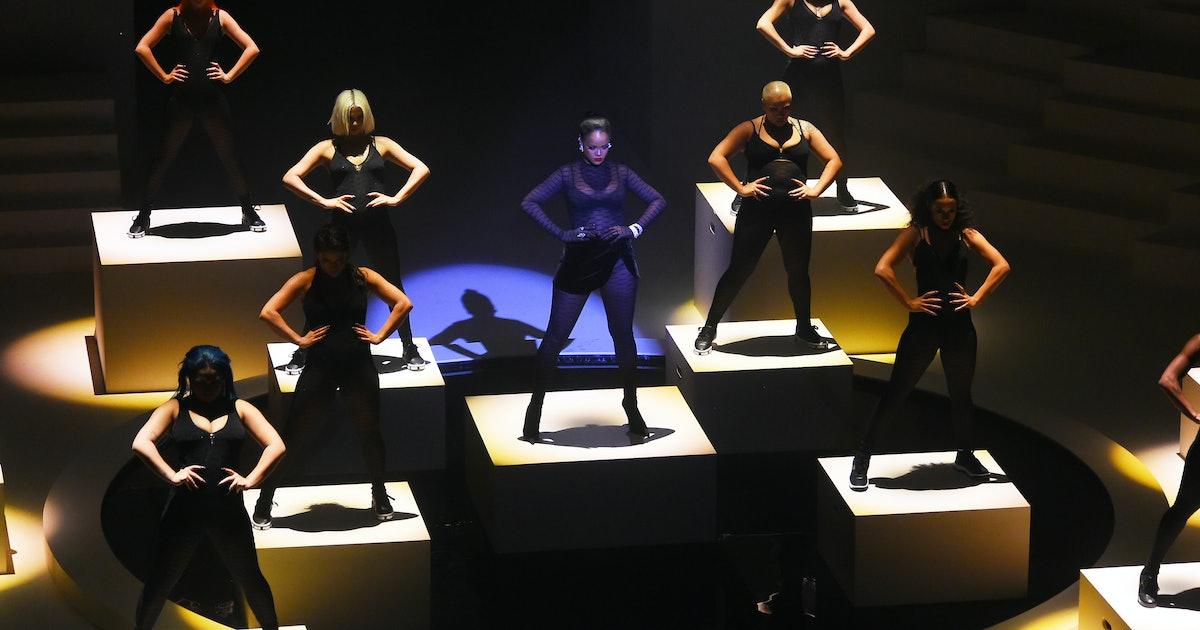 Do You Need An Amazon Prime Account To Watch Rihanna's Savage X Fenty Fashion Show?