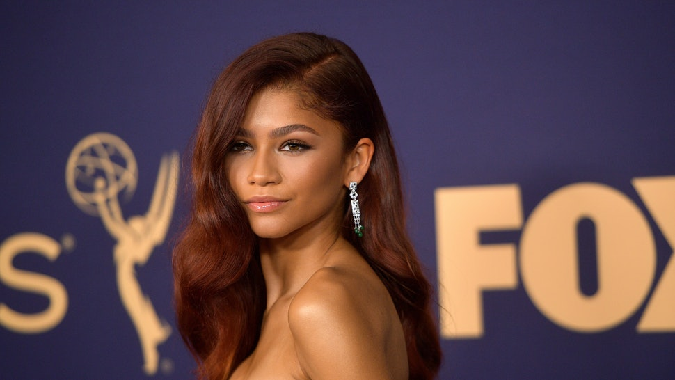 At The 2019 Emmys, Zendaya's Red Hair Was Only One ...