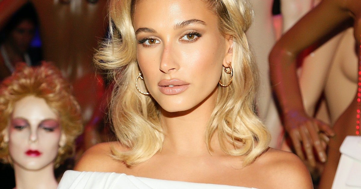 This Photo From Hailey Baldwin's Bachelorette Party Will Give You FOMO