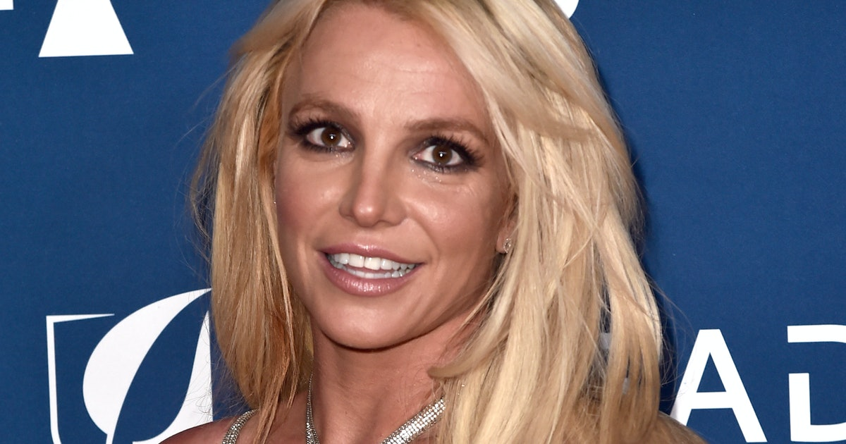Britney Spears' New Brown Hair Is A Huge Change, & She Pulls It Off Flawlessly