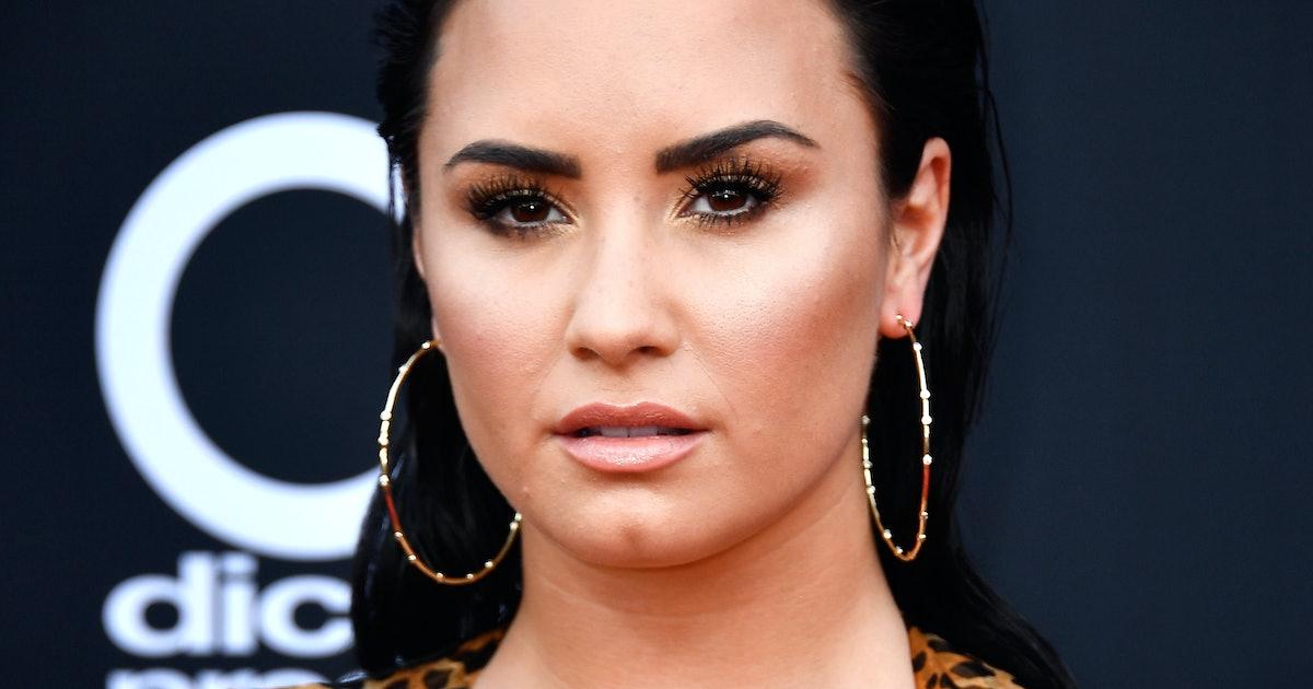 Demi Lovato's Unedited Bikini Photo Sends An Important Message About Celebrating Cellulite