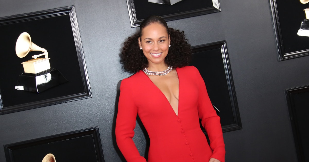 Who's Hosting The 2020 Grammys? Alicia Keys Is Making Her Return