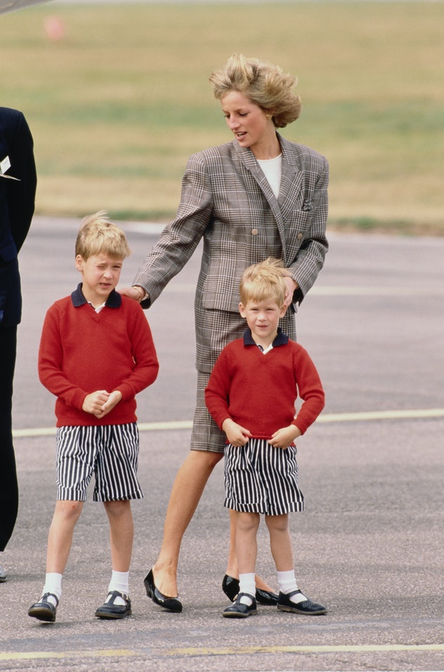 Young royal boys are required to wear shorts as children.