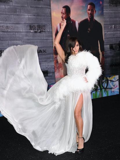 Vanessa Hudgens' post breakup dress is major.