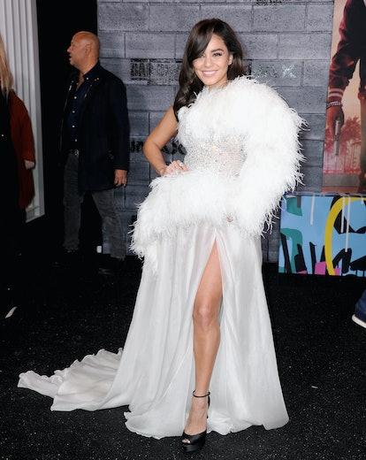 Vanessa Hudgens' red carpet look was a mood.