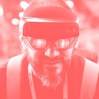 Microsoft finally addresses weird HoloLens 2 color flaws