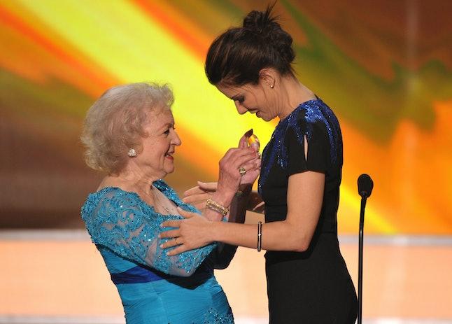 Watch Ryan Reynolds & Sandra Bullock Wish Betty White A ...