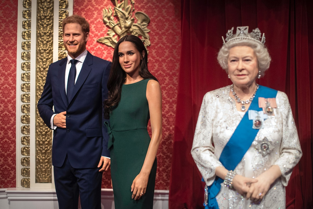The Queen's Statement About Prince Harry & Meghan Markle is so supportive. The facts are, the pair w...